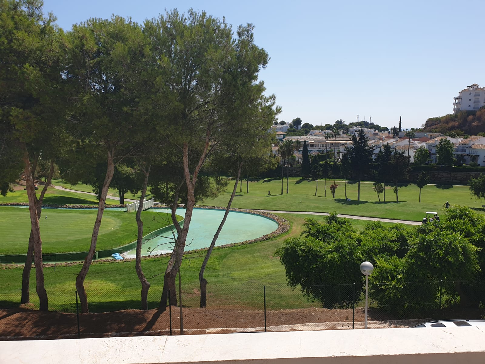 Front line golf 3 bed apartment